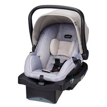 Infant Car Seat - Little Travellers - Keeps your baby safe at all times. Very easy installation